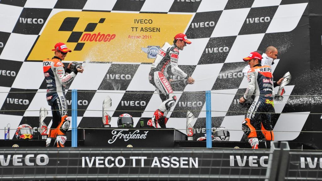 Casey Stoner, Ben Spies, Andrea Dovizioso, Repsol Honda Team, Yamaha Factory Racing, Assen RAC