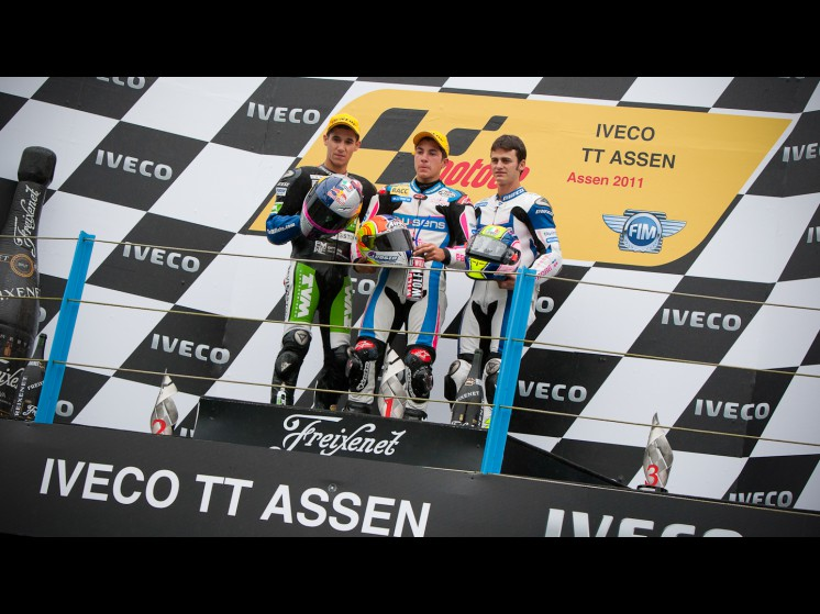-Moto GP- Season 2011- - 125cc podium slideshow