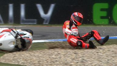 Assen 2011 - Moto2 - Race - Action - Stefan Bradl - Crash