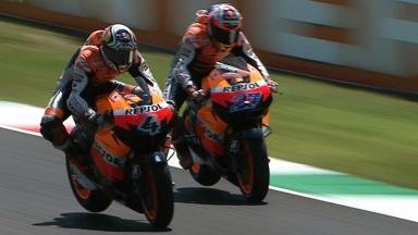 Mugello 2011 - MotoGP - Race - Action - Dovizioso and Stoner