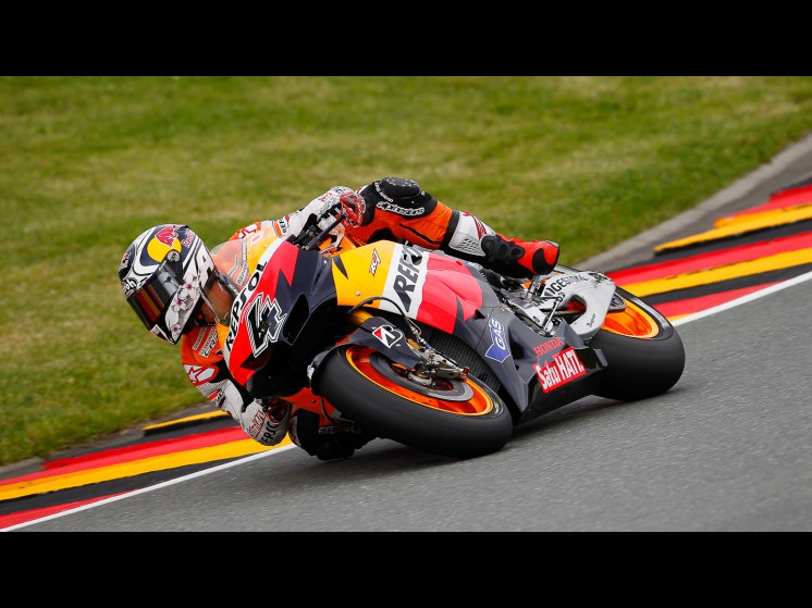 -Moto GP- Season 2011- - dovizioso slideshow