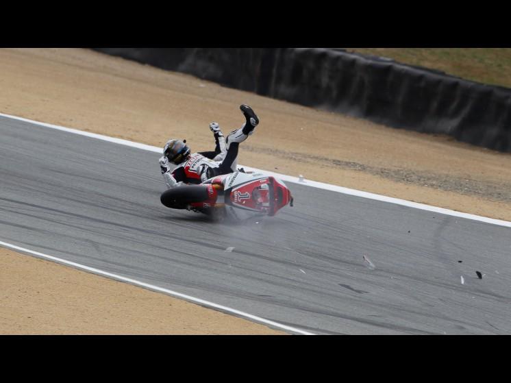 -Moto GP- Season 2011- - lorenzo crash usa fp307 slideshow