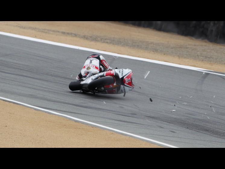 -Moto GP- Season 2011- - lorenzo crash usa fp308 slideshow