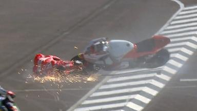 Indianapolis 2011 - Moto2 - FP3 - Action - Stefan Bradl - Crash