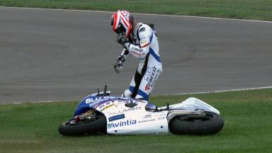 Indianapolis 2011 - Moto2 - QP - Action - Martin Cardenas - Crash