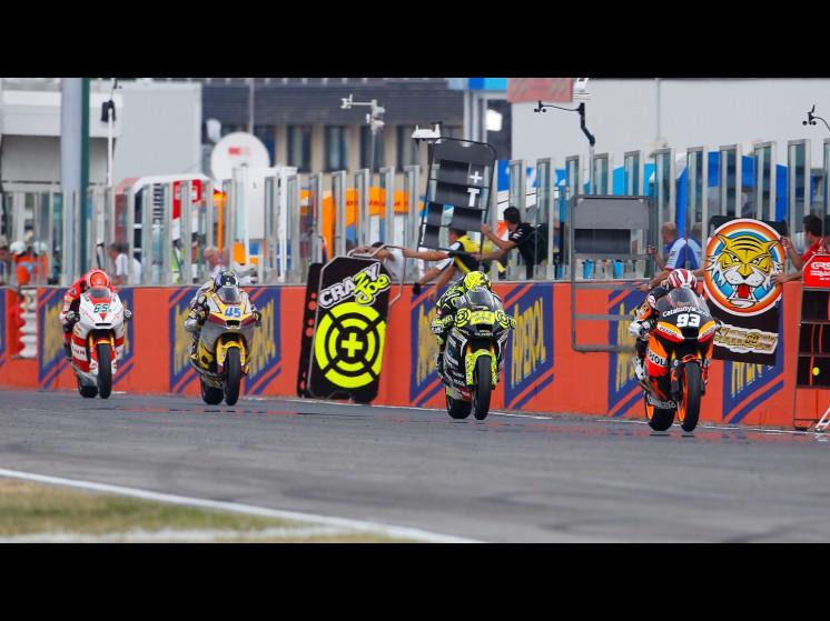 -Moto GP- Season 2011- - 04 moto2 4 slideshow