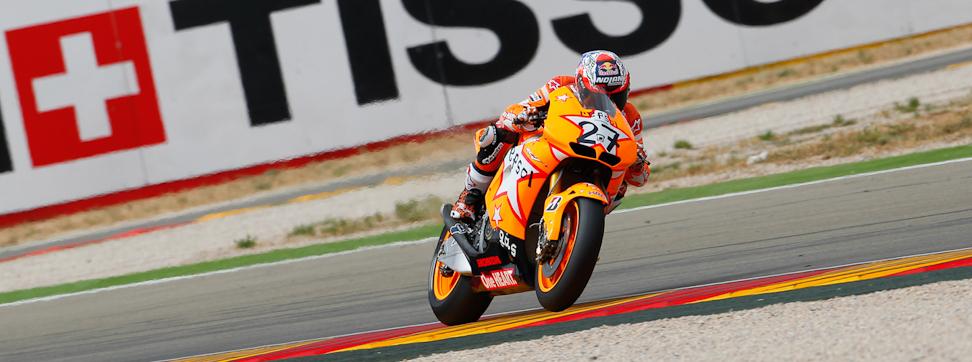 Stoner...Stoner...-http://photos.motogp.com/2011/09/18/MotoGP.jpg
