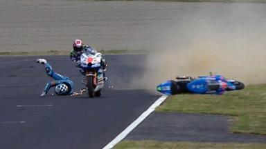 Motegi 2011 - Moto2 - QP - Action - Pol Espargaro - Crash