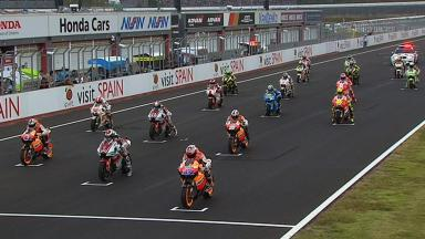 Motegi 2011 - MotoGP - Race - Action - Ride through Crutchlow, Simoncelli and Dovizioso
