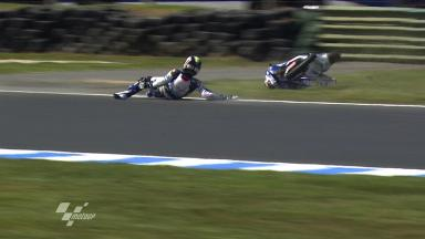 Phillip Island 2011 - 125cc - FP2 - Action - Maverick Viñales - Crash