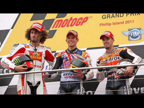 http://photos.motogp.com/2011/10/16/podium_preview_big.jpg