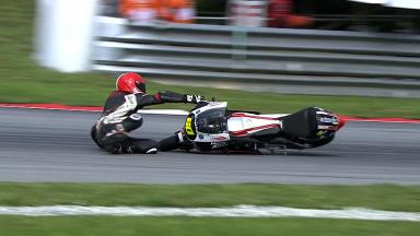 Sepang 2011 - 125cc - FP1 - Action - Manuel Tatasciore - Crash