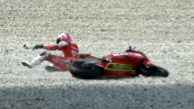 Sepang 2011 - Moto2 - FP2 - Action - Ivan Moreno - Crash