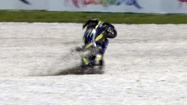 Sepang 2011 - Moto2 - FP3 - Action - Mike Di Meglio - Crash