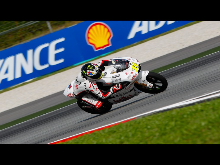 -Moto GP- Season 2011- - 11sandrocortese125cc slideshow