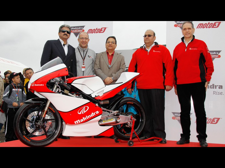 -Moto GP- Season 2011- - mahindra 002 slideshow