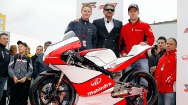 Danny Webb, Anand Mahindra, Marcel Schrotter, Mahindra MGP30
