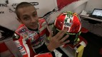 Rossi pays tribute to SuperSic with special helmet