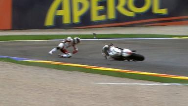 Valencia 2011 - Moto2 - Race - Action - Yuki Takahashi - Crash