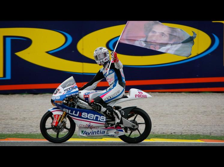 -Moto GP- Season 2011- - 25maverickvinales125cc 0 slideshow