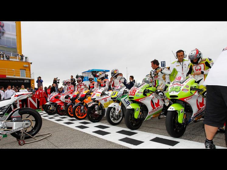 -Moto GP- Season 2011- - sic tribute 3 slideshow
