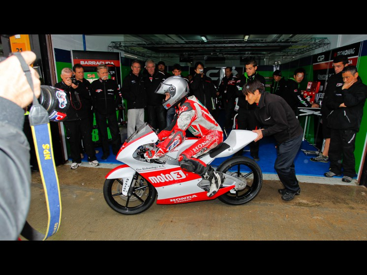 Moto GP- Saison 2012 - Valenciatest-2_slideshow
