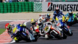 Whilst title rival Casey Stoner fell by the wayside, Valentino Rossi extended his winning streak to three at Misano.