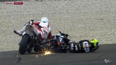 Le Mans 2012 - Moto2 - FP2 -Action - Johann Zarco & Max Neukirchner - Crash