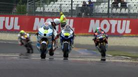 Scott Redding est parvenu à battre Thomas Lüthi de justesse lors de la seconde séance d'essais Moto2™ du Monster Energy Grand Prix de France. Simone Corsi a réalisé le troisième temps.