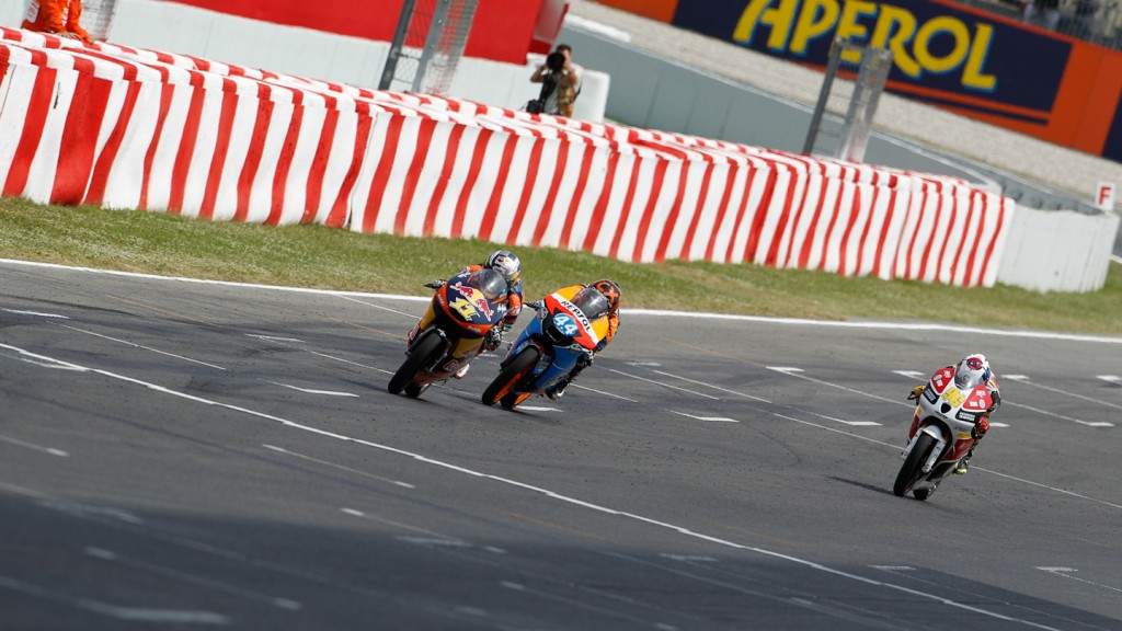 Sandro Cortese, Miguel Oliveira, Louis Rossi, Red Bull KTM Ajo, Estrella Galicia 0,0, Racing Team Germany, Catalunya Circuit RAC
