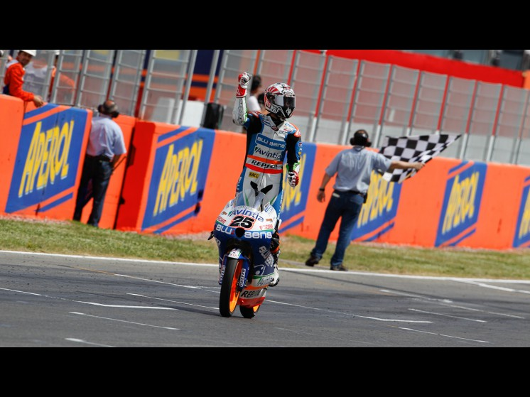 -Moto GP- Season 2012- - 25maverickvinalesmoto3 1 slideshow