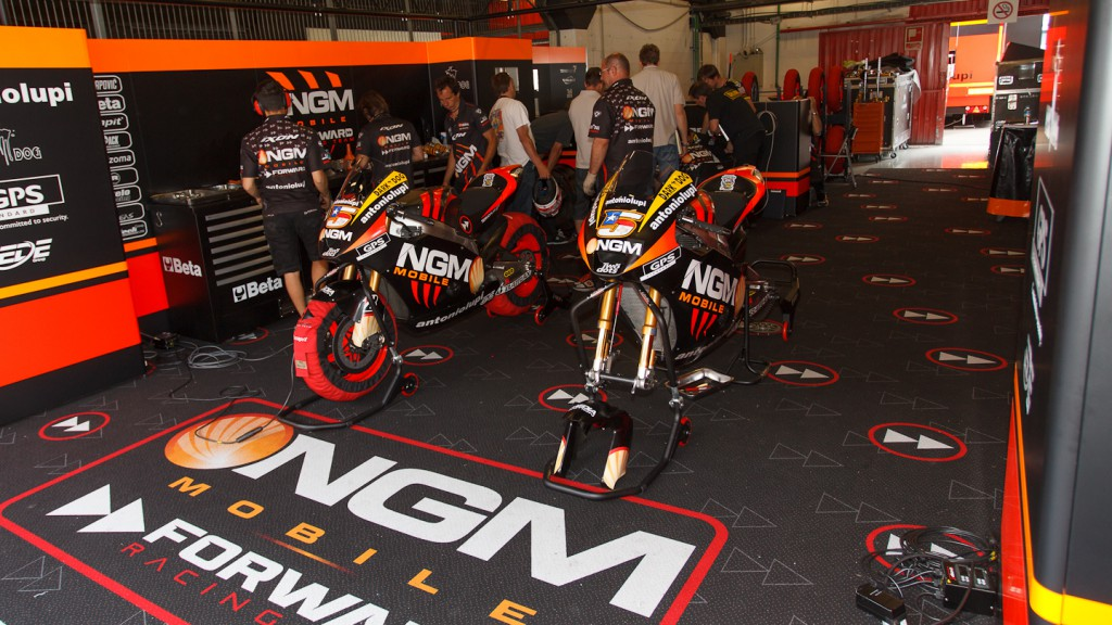 Colin Edwards, NGM Mobile Forwards Racing