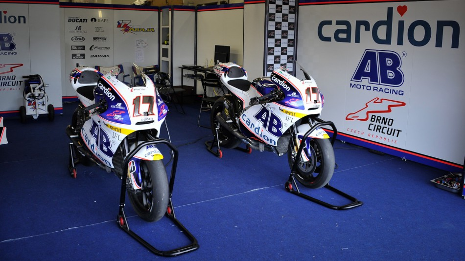 Cardion AB Motoracing garage