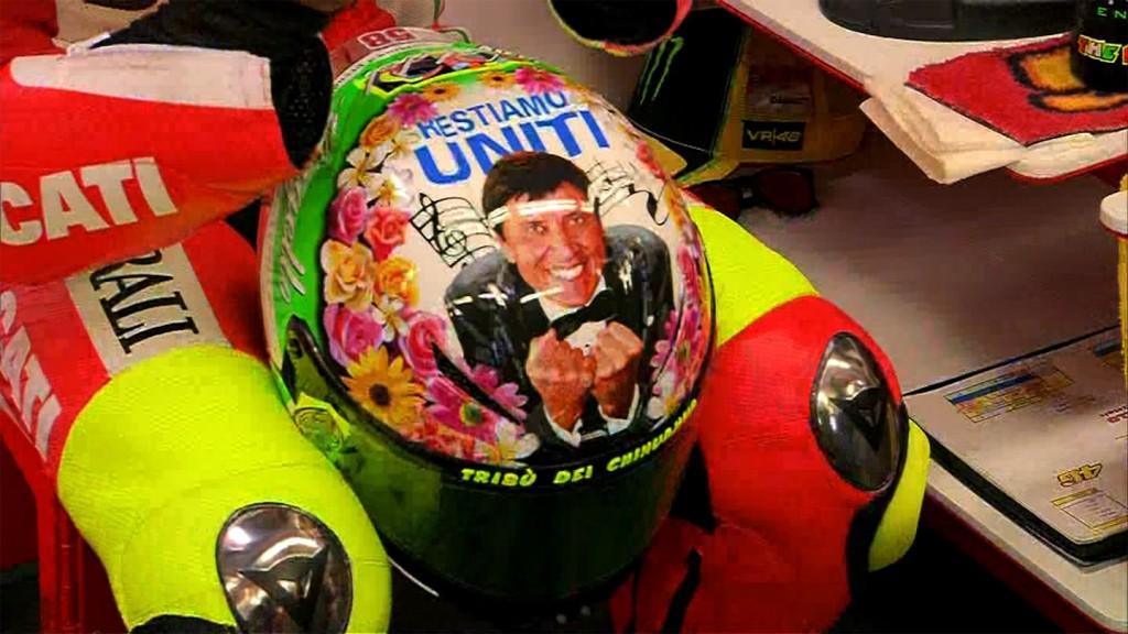 Rossi unveils Mugello 2012 helmet