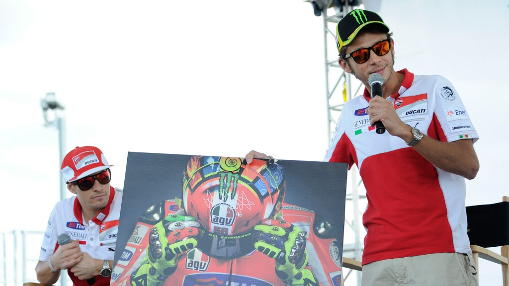 Valentino Rossi, Nicky Hayden, Ducati Team, Riders For Health Indianapolis