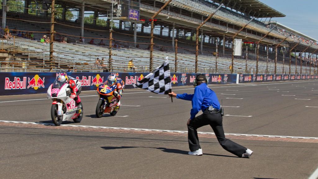 Luis Salom, Sandro Cortese, RW Racing GP, Red Bull KTM Ajo, Indianapolis RAC