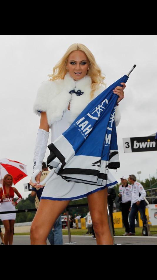 motogp.com · Paddock Girl, bwin GRand Prix Ceske Republiky