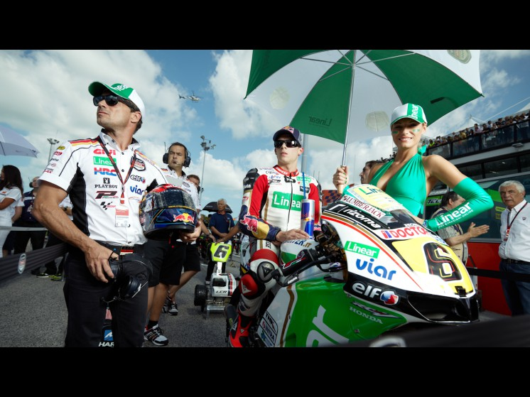 -Moto GP- Season 2012- - 06bradl cf000379 slideshow