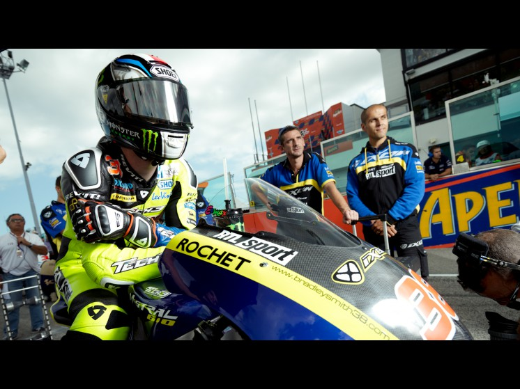 -Moto GP- Season 2012- - 38smith cf000332 slideshow