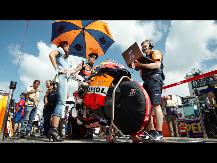 -Moto GP- Season 2012- - 56rea cf000359 slideshow