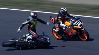 Motegi 2012 - Moto2 - FP3 - Action - Mika Kallio and Marc Marquez - Crash
