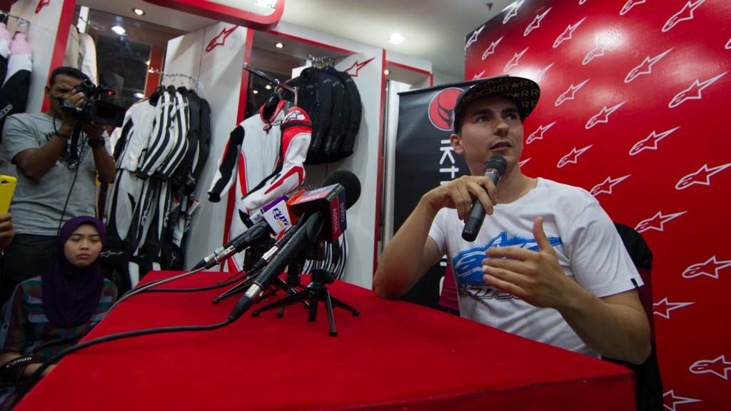 Jorge Lorenzo, Alpinestars Shop KL