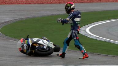 Sepang 2012 - Moto2 - FP3 - Action - Pol Espargaro - Crash