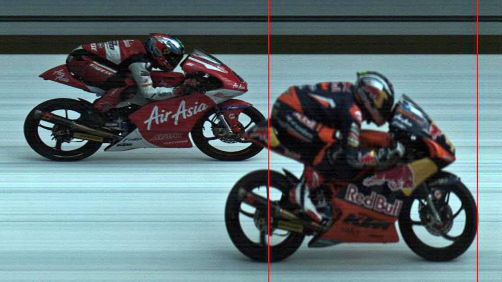 Photofinish Moto3 RAC Cortese, Khairuddin, AirAsia-SIC-AJO, Red Bull KTM Ajo, Sepang RAC