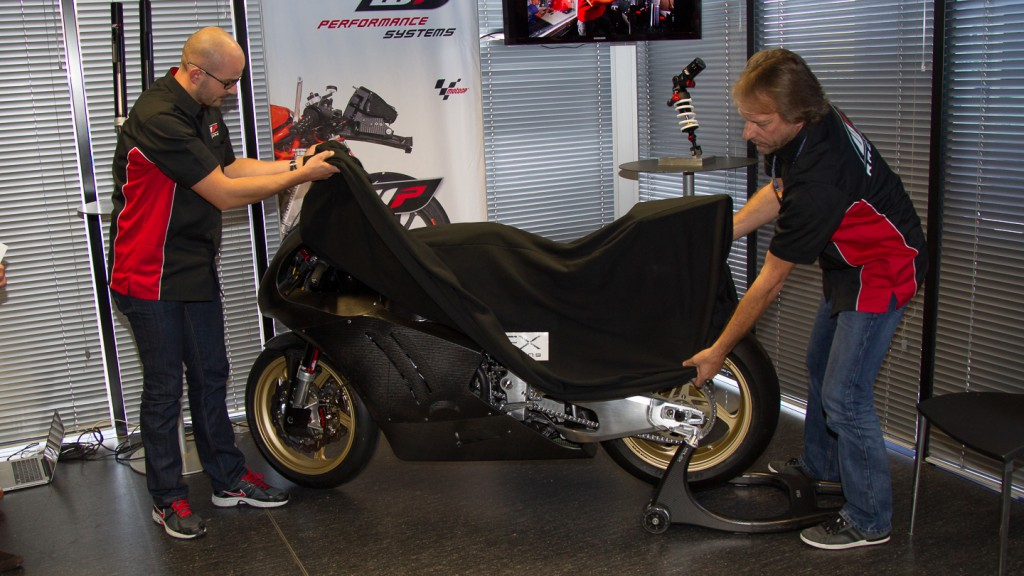 Cortese's 2013 WP-fitted Moto2 Kalex unveiled in Valencia