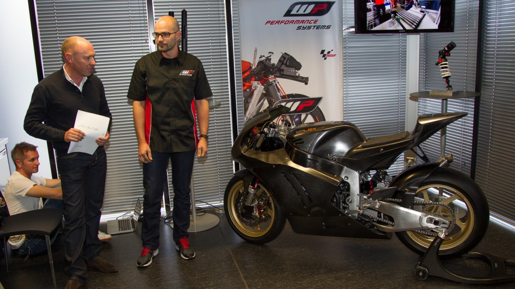 Cortese\'s 2013 WP-fitted Moto2 Kalex unveiled in Valencia