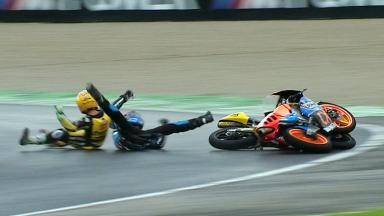 Valencia 2012 - Moto3 - RACE - Action - Oliveira and Vazquez - Crash