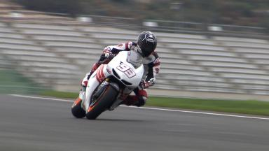 Marc Márquez completes his first laps on the Honda RC213V
