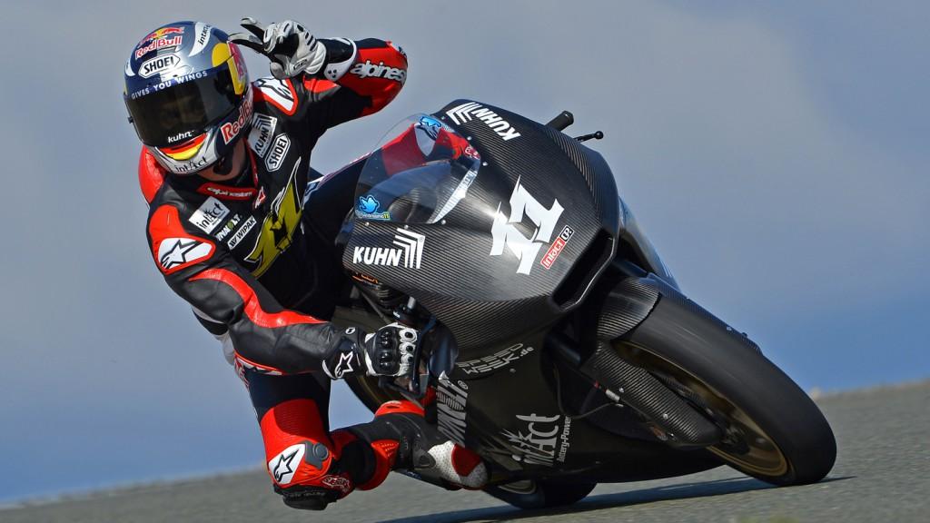 Sandro Cortese, Dynavolt Intact GP team, Almeria Circuit - © Fritz Glänzel