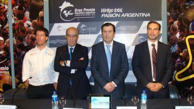 OSD Group Orly Terranova, Dorna Sports CEO Carmelo Ezpeleta, Santiago del Estero Gov. Gerard Zamora